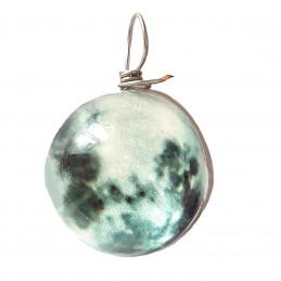 Pendentif sphère nuage gris vert qui brille dans le noir fluo 2cm diamètre