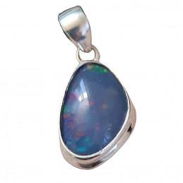 Pendentif en argent serti d'une opale bleue d'Australie + chaine 2cm gxi34