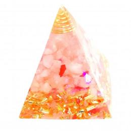 Pyramide orgonite orgone en résine, quartz rose, copeaux dorés orgo6 5cm
