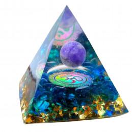 Pyramide orgonite orgone en résine et boule améthyste motif om orgo4 6cm