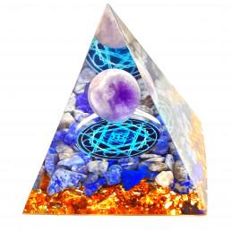 Pyramide orgonite orgone en résine et boule améthyste et galets lapis lazuli orgo12 6cm