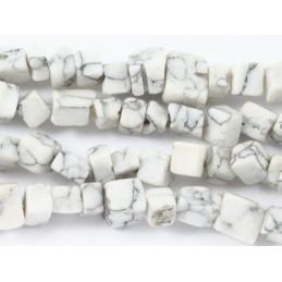 Fil de chips perles en howlite blanc marbré - fil de 90cm